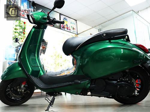 Sơn Xe Vespa Sprint Xanh Heineken